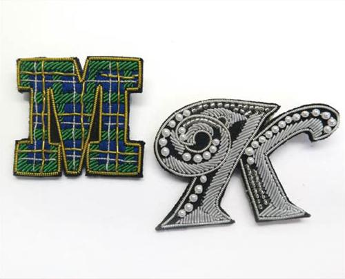 金モール刺繍(ザリ刺繍)